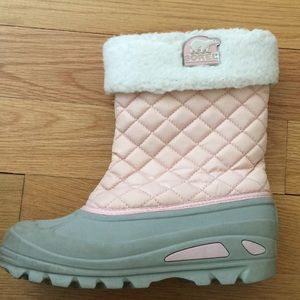Sorel Pink Quilted Boots ❄️